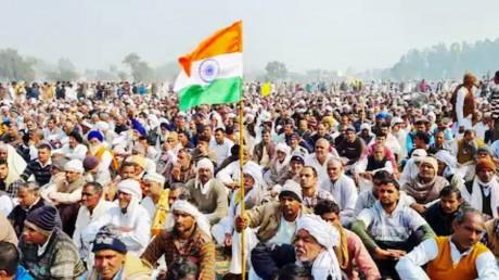 LIVE : कमजोर पड़ रहा किसान आंदोलन, धार देने के लिए कल रेल रोको अभियान agriculture law farmer protest latest news hindi kisan andolan live update 17 February - News Nation
