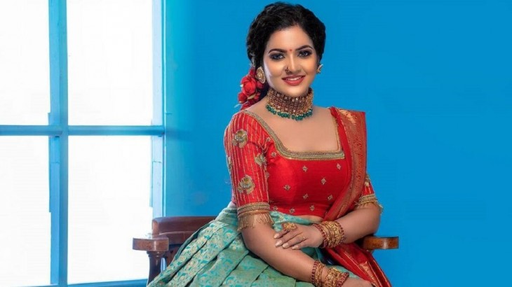 Tamil television actress VJ Chithra of Pandian Stores fame reportedly dies by suicide in Chennai hotel room