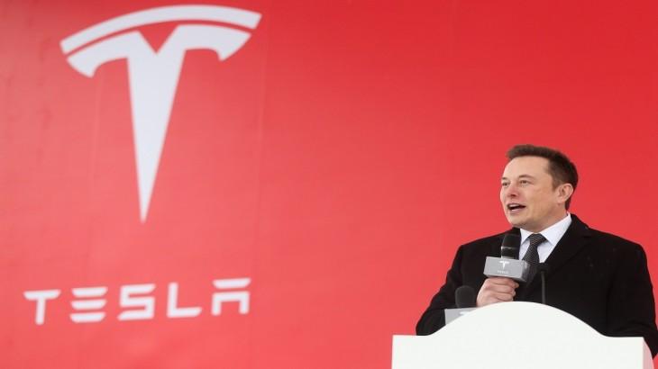 Khaskhabar/एलोन मस्क की टेस्ला कंपनी ने इलेक्ट्रिक कार बनाने वाली कंपनी की ओर से और स्वच्छ ऊर्जा के लिए आंदोलन हेतु कार्रवाई करने के लिए अपनी वेबसाइट पर एक नया सोशल प्लेटफॉर्म लांच किया है. एंगेज टेस्ला कंपनी की पब्लिक पॉलिसी
