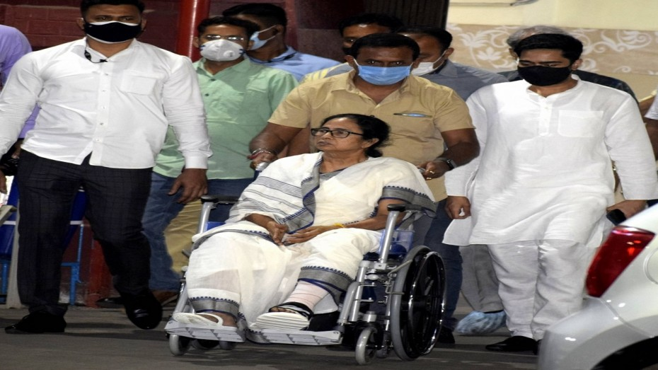 CM Mamta Banerjee to start wheelchair election campaign from 15 March